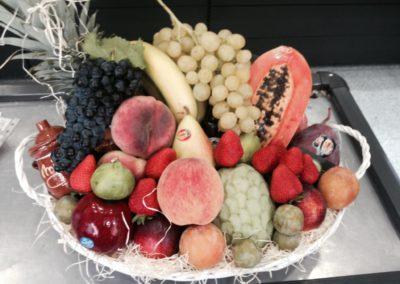 productos ecológicos frutas interior tienda