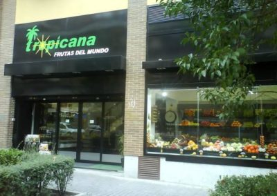 frutería Tropicana  local exterior