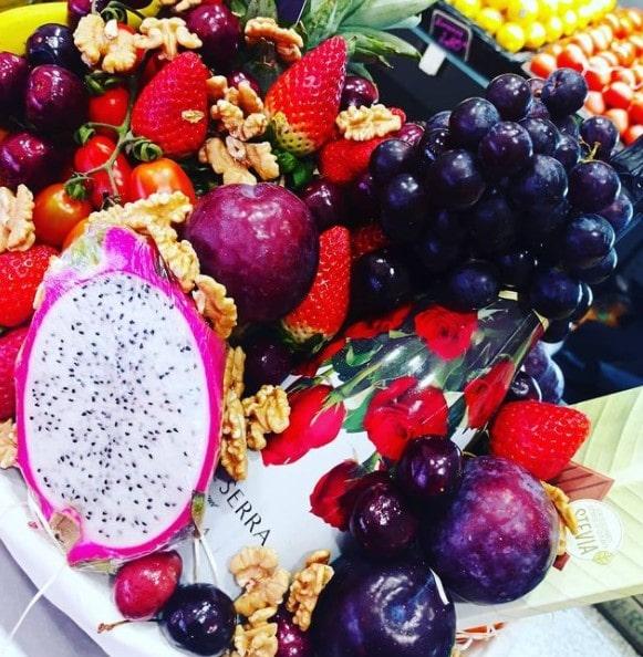 Cestas de frutas como regalo en San Valentín